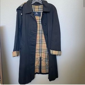 Burberry Trench coat black size 4